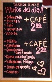 Montado + café 2 €. Mixto + café 2,50€