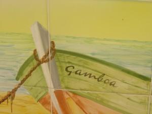 Cerámica decorativa, una barca llamada Gamboa