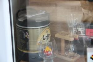 Escaparate con varias cervezas belgas (Leffe)