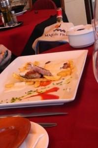 Solomillo al roquefort. Excelente. El roquefort no era de los más fuertes, quedando un plato bastante suave.