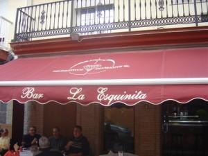 """Detalle de la terraza de """"La esquinita"""""""
