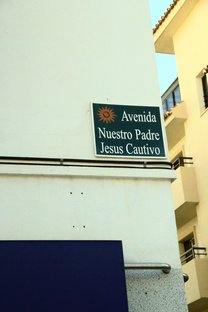 vaenida Nuestro Padre Jesús Cautivo