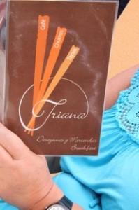 """Carta esos tres """"palitos"""" que se cruzan son la señal de identidad de las cafetería Triana"""