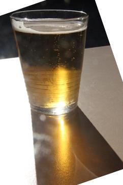 Cerveza bajo el fabuloso sol de Fuengirola