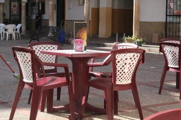 """Detalle de las mesas de """"La Cepa"""""""