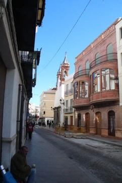 Calle de Priego. A la derecha, al fondo la iglesia de Las Mercedes???