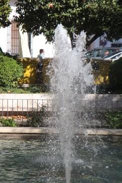 Fuente en la plaza del Sagrado corazón