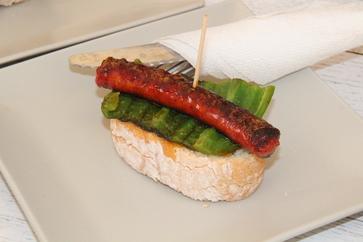 Tapa de chistorra con pimiento verde