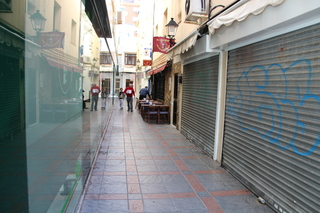 Casa Moreno. Las mesas a la derecha forman parte de su terraza.