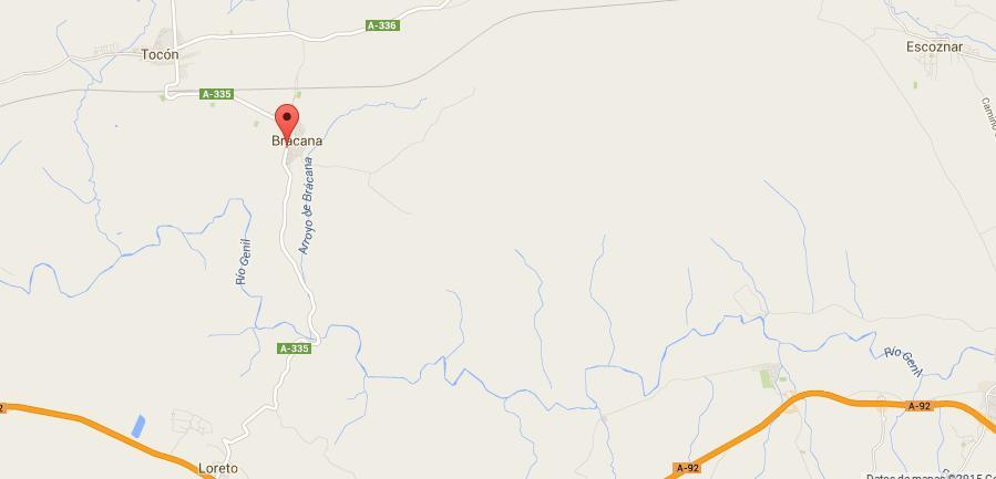 La fábrica está muy cerca del pueblo de
