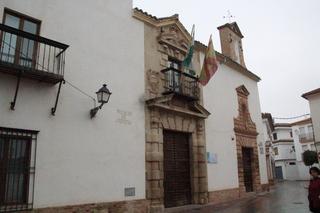 Casa palacio de los Cárdenas, a la derecha se ve un poquito de la capilla de Santa Ana. Ambos del siglo XVII.