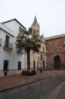 apilla del Cristo de la agonía; también conocida como Capilla del Conde. Construida en estilo neogótico entre 1923 y 1925.