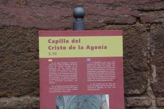 Capilla del Cristo de la agonía; también conocida como Capilla del Conde. Constrida en estilo neogótico entre 1923 y 1925.