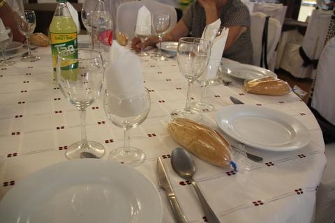 Aspecto de las mesas que teníamos reservadas