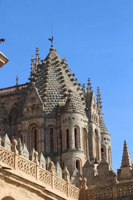 Salamanca. Catedral vieja. Torre del gallo (por la veleta) del siglo XII.