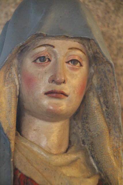 Fantástica expresión de tristeza de la Virgen en el Parador de Turismo de Plasencia.