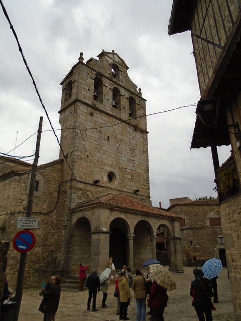 La iglesia parroquial.