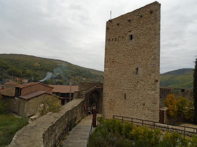 Restos de la torre del homenaje.