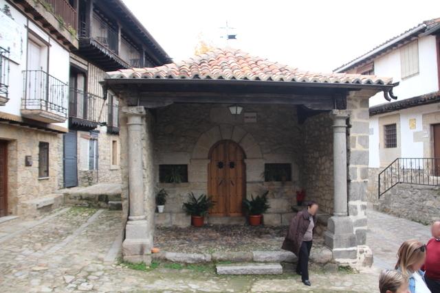 La delantera de la ermita del humilladero.