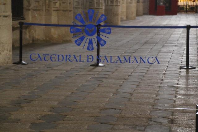 Tras pagar la entrda correspondiente, entramos en la Catedral Nueva de Salamanca.