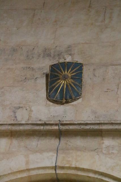 Escudo del obispo Juan Lucero.