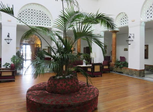 Hotel Reina Cristina.