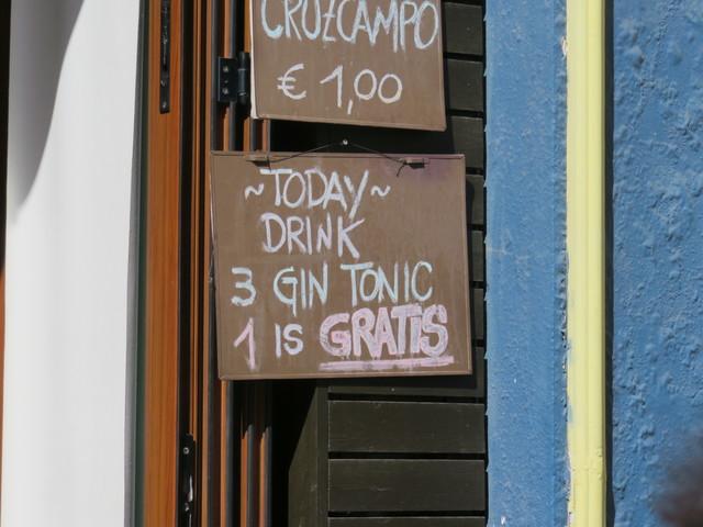 Bebida hoy: 3 gintonic 1 es gratis.