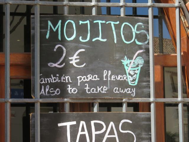 Mojitos a 2€. El lugar mś barato que hemos encontrado en Fuengirola.