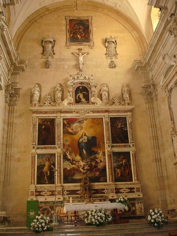 "Altar mayor de La Purñísima, con pinturs de José de Ribera. La foto es de Wikipedia. Y su autor es: De maggieven - originally posted to Flickr as ""La Purisima"" altar in Salamanca, CC BY 2.0, https://commons.wikimedia.org/w/index.php?curid=12260046"