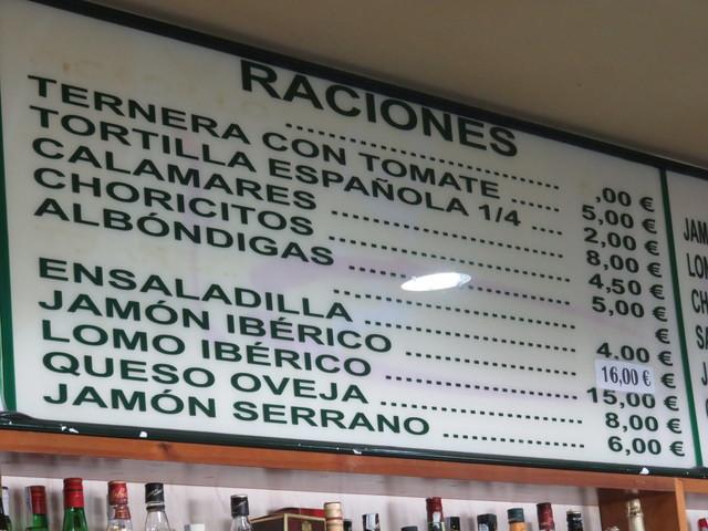 Lista de precios. Observen choricitos 4,50€.