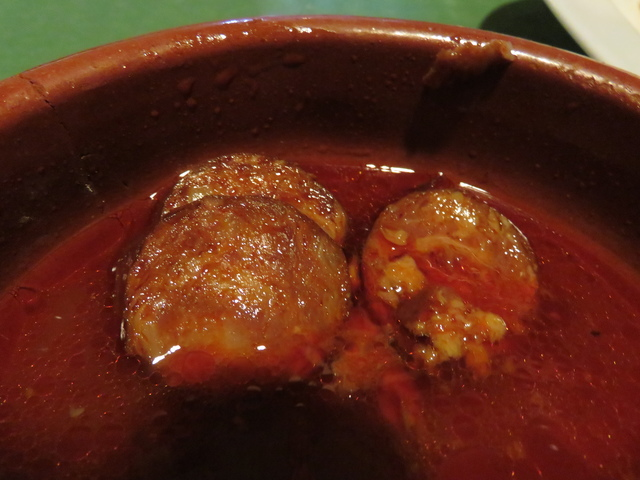 Chorizo a la sidra.
