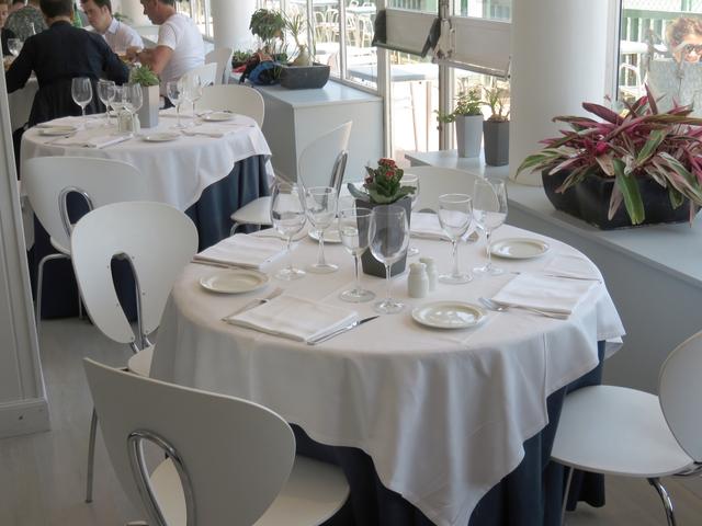 Interior del restaurante del Club de Tenis.