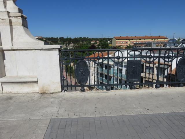 En el viaducto.