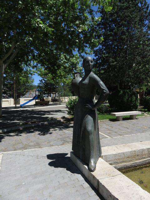 Detalle del monumento a José Torán de la Rad