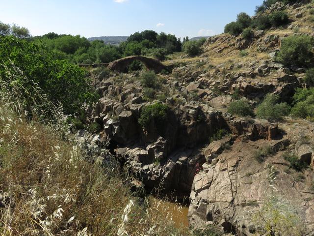 El puente romano de Vadollano.