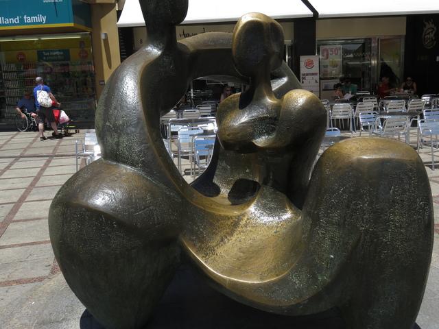 Nacimiento de Eva. Autora Elena Laveron. 1993. Torremolinos.