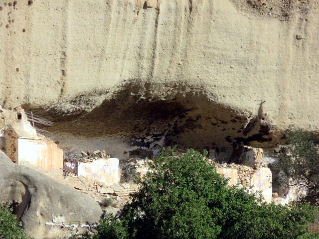 Otra casa-cueva