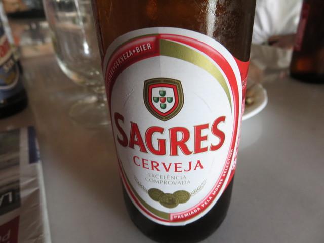 Un botellín de la cerveza portuguesa Segres.