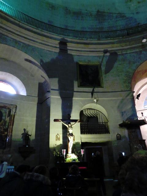 La sombra del cristo.