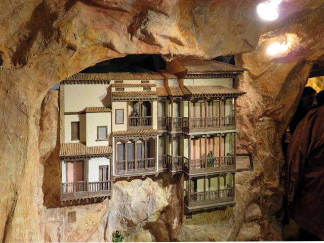 Casas colgadas de Cuenca. Belén monumental de Huétor-Tajar