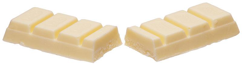 Chocolate blanco. Fotografía de Evans-Amos. Gentileza de Wikipedia.