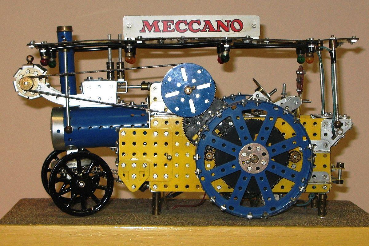 Construcción hecha con piezas del Meccano clásico. Está en el museo de Manhester. La foto es de Wikipedia